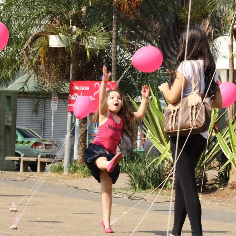 intervenção urbana - outubro rosa